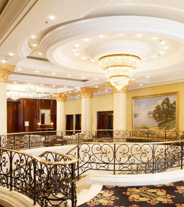 Philips Lighting illuminating the circulation areas of Ritz-Carlton