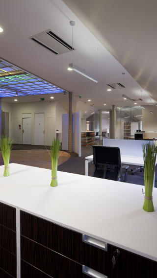 The Haworth Showroom illuminated by Philips office lighting