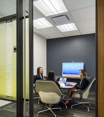 Connected office lighting solution – Cisco Toronto office –Philips Lighting-3