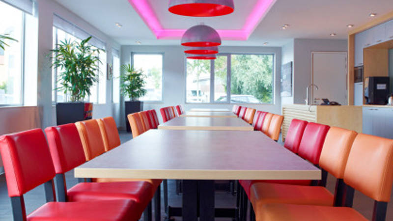 Lighting the way to an age-friendly work environment
