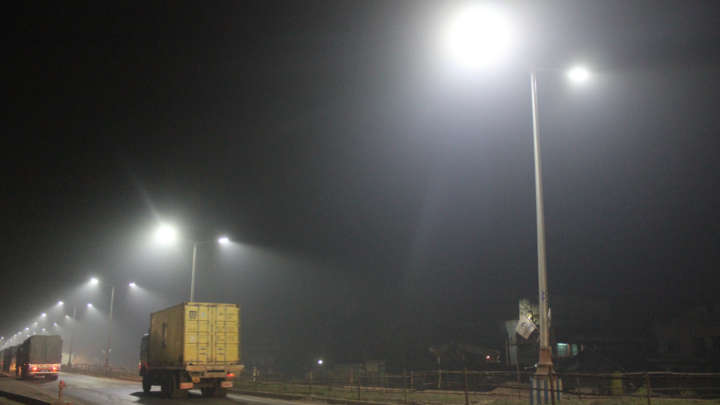 LED streetlights installed at state highway with uniform light distribution and good output, helping in smooth movement of traffic during night