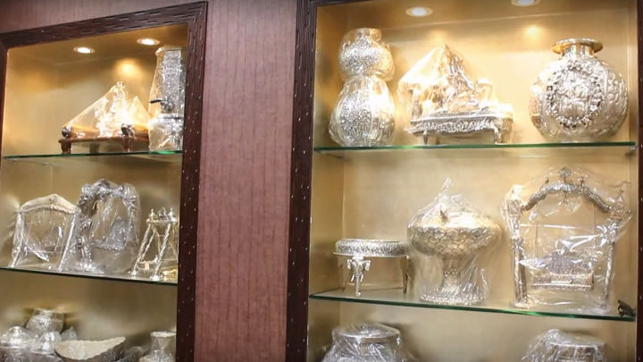 See how Philips LED lighting helped  DR Ranka Jewellers by providing the right lighting resulting in reduced energy consumption and maintenance friendly operation