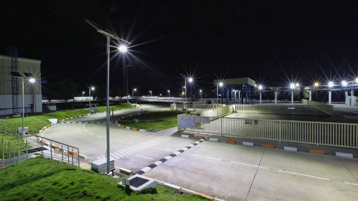 Beautiful look of Unilever plant post installation of Solar LED lighting by Philips