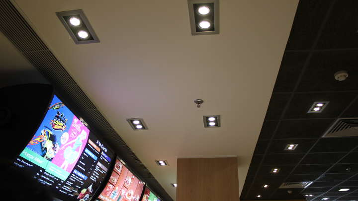 LED lighting that matches the aesthetics of the restaurant