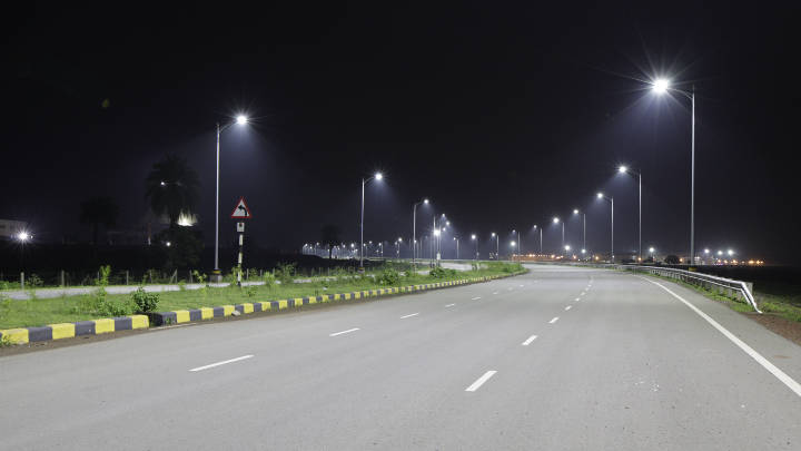 Well lit areas and roads within Naya Raipur post installation of LED street lights by Philips